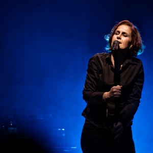 Alison-Moyet-minutes-and-se